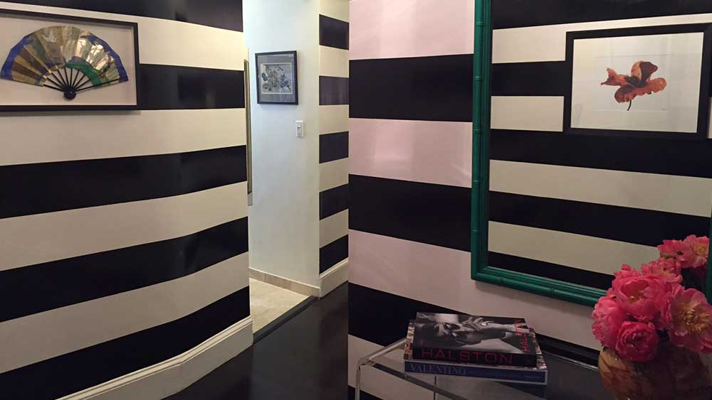 horizontal-striped-entry